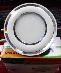 Downlight-đế-mũ-3-màu-ĐMC7W-viền-bạc-cong