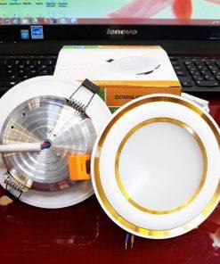 Downlight-đế-mũ-3-màu-ĐMC9W-viền-vàng-cong